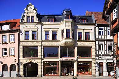 Quedlinburg: Möbelhaus am Markt. (Bild 100-5715)