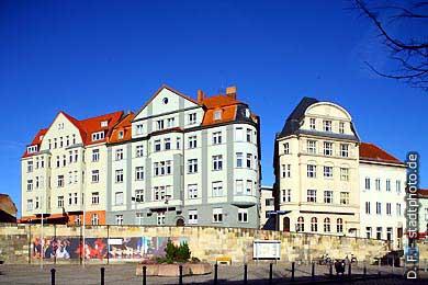 Halle / Saale: August-Bebel-Straße / Juliot-Curie-Platz. (Bild 102-3562)