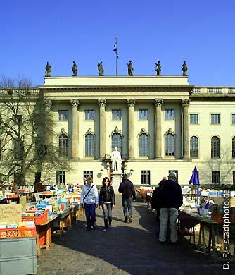 Humboldt-Universität (Hauptgebäude) Berlin, Unter den Linden 6. (Bild 102-4544)
