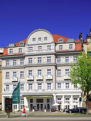 Hotel Fürstenhof Hotel ***** / 5 Sterne. Leipzig, Tröndlinring 8. (Bild 102-5523)
