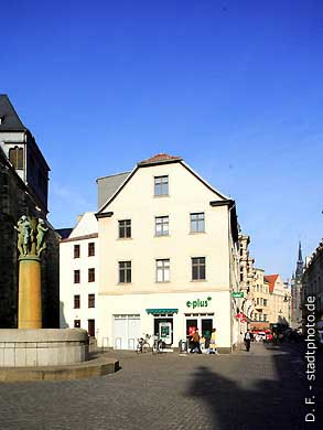 Halle / Saale: Leipziger Straße. (Bild 102-6422)