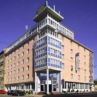 Hotel Dormotel Europa Halle. Halle / Saale, Delitzscher Straße 17. (Bild 103-5965)