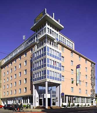 Hotel Dormotel Europa Halle. Halle / Saale, Delitzscher Straße 17. (Bild 103-5968)