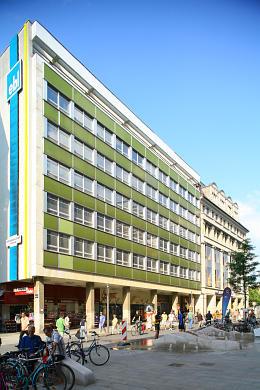Eckgebäude Leipzig, Grimmaische Straße 27 / 29, Ecke Ritterstraße und Königsbau, Goethestraße 1. (Bild 106-5267)