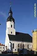 Taucha: Stadtkirche St. Moritz, Kirchstr. 3. Erbaut 1772-1774, prägt sie mit ihrem stattlichen Westturm bis heute das Stadtbild.